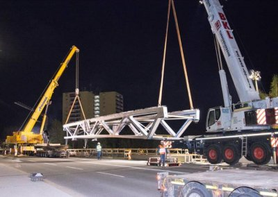 Neubau Straßenbahnbrücke östlich der Grenobler Brücke